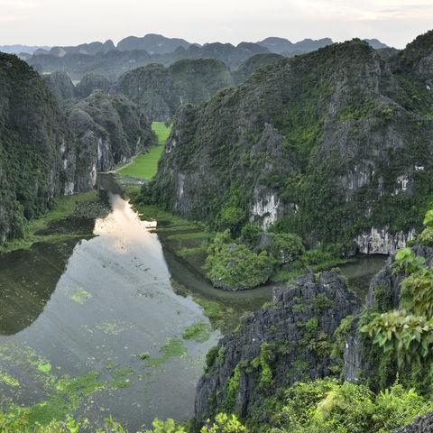 Trockene Halong Bucht, Vietnam