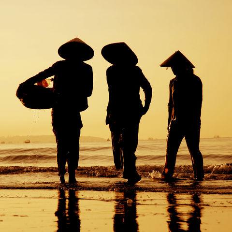 Fischer bei Sonnenuntergang, Vietnam