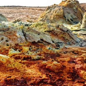 Salzformationen im Dallol-Gebiet © Lukas Bischoff, Dreamstime.com