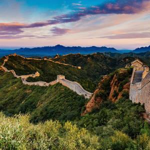 Sonnenaufgang an der großen chinesischen Mauer © Edichenphoto, Dreamstime.com