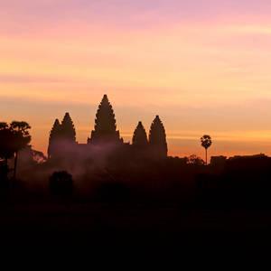 Umriss des Angkor Wats bei Sonnenuntergang © Rfoxphoto, Dreamstime.com