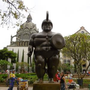 Statue in Medellín © Romina Walther, a&e erlebnisreisen