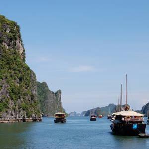 Traumhafte Halong Bucht © iStockphoto.com, Tatiana Zenzano